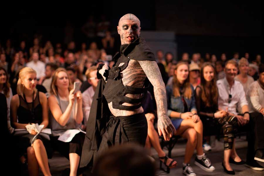 DASH-Magazine-Prague-SS15-Zombie-Boy.jpg.5000x600_q90