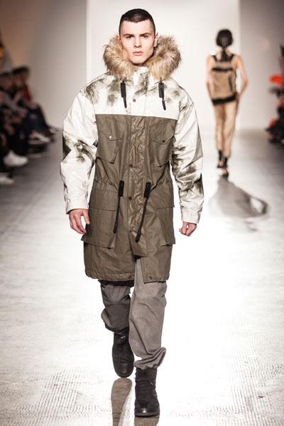 dash-magazine-4.-Fashion-In-Motion-Christopher-Raeburn,-1-April-2016-(c)-Victoria-and-Albert-Museum,-London